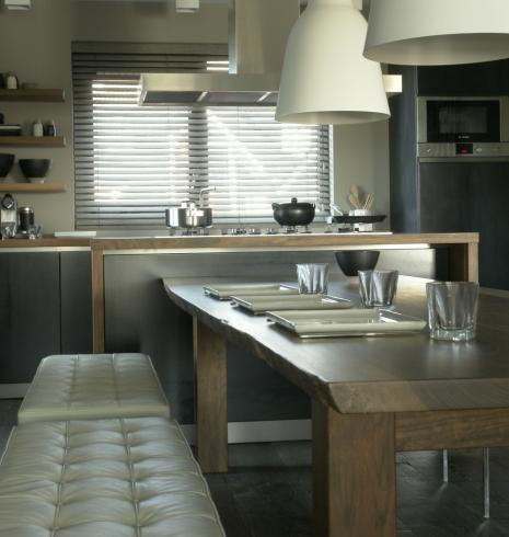 Essentials interieur for Interieur winkel amsterdam
